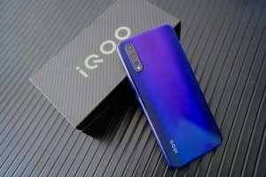 聚惠卡盟iQOO Neo 855版电光紫图赏 游戏性能强劲、拍照表现很意外