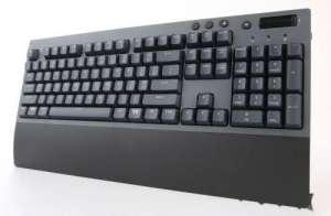 qq斗地主辅助:有线、蓝牙、无线,总有一种适合你!Tt G521飞行家三模机械键盘