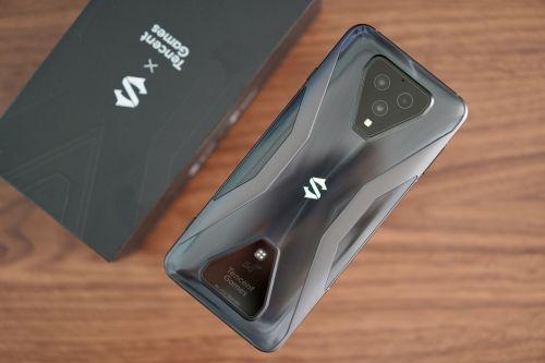 卡乐购卡盟:黑鲨游戏手机3S评测体验 腾讯小米加持下最好的游戏手机?