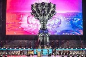 枫叶卡盟:CLG中单建议:明年S赛引入败者组赛制,小组3号种子不会被淘汰